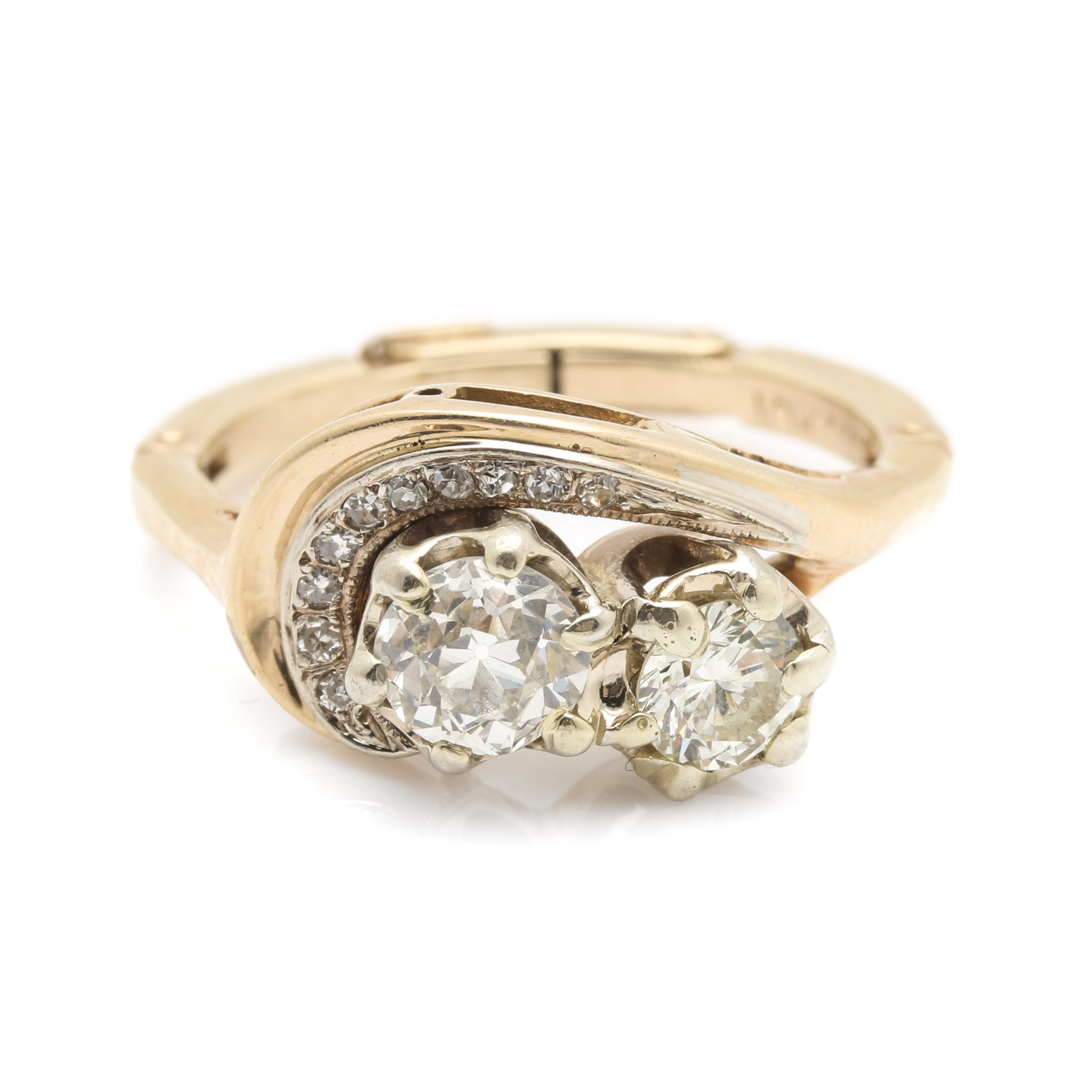 10K and 14K Yellow Gold 0.97 CTW Diamond Ring