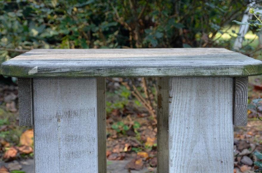 7263916 Nantucket Wooden Rocker Chair With Bridgehampton Table on Nantucket Rocking Chair