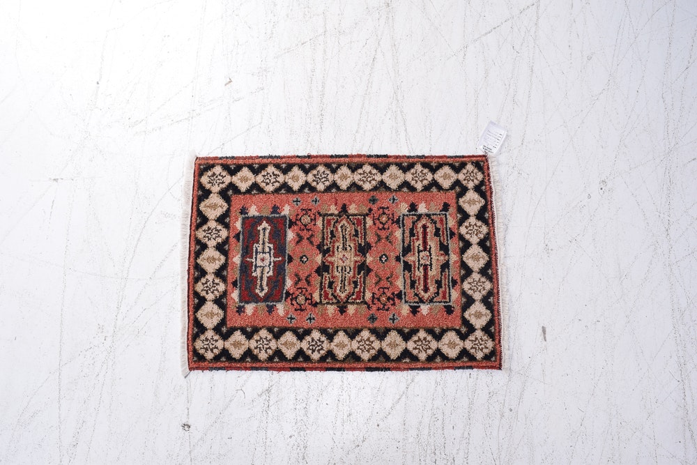 Hand-Knotted Indian Wool Mat