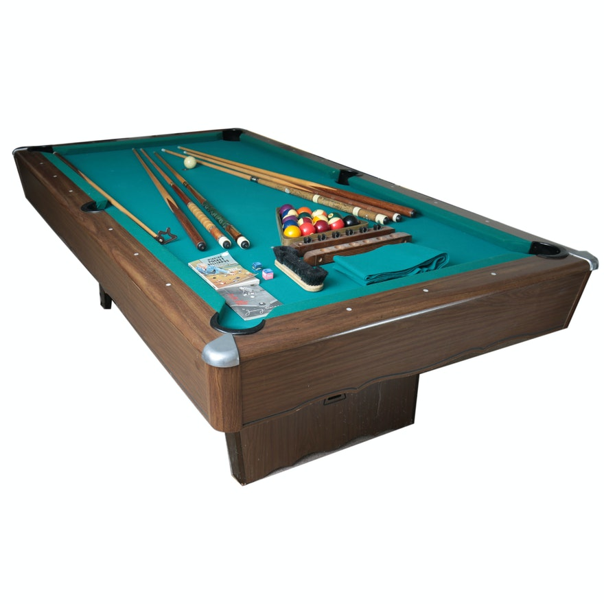 Minnesota Fats Pool Table The Hustler With Cues Accessories EBTH - Fats pool table