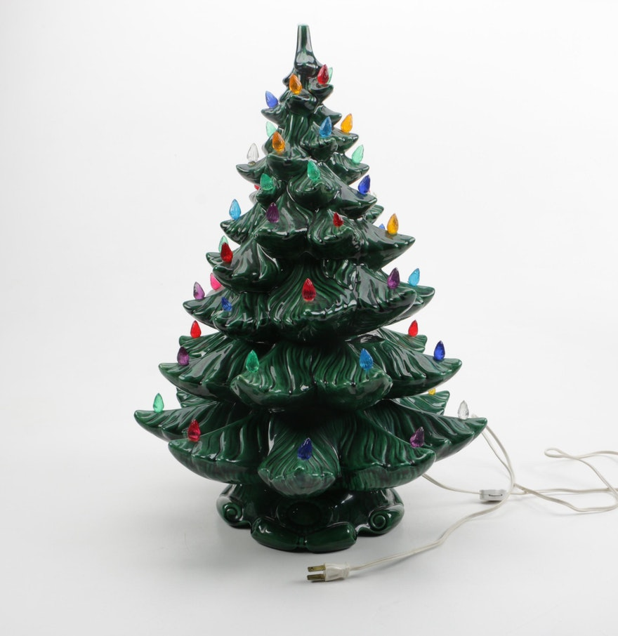 Vintage ceramic christmas tree ebth for Christmas tree items list