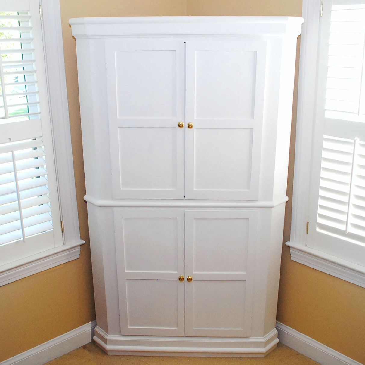 Superieur Large Painted White Corner Media Armoire ...
