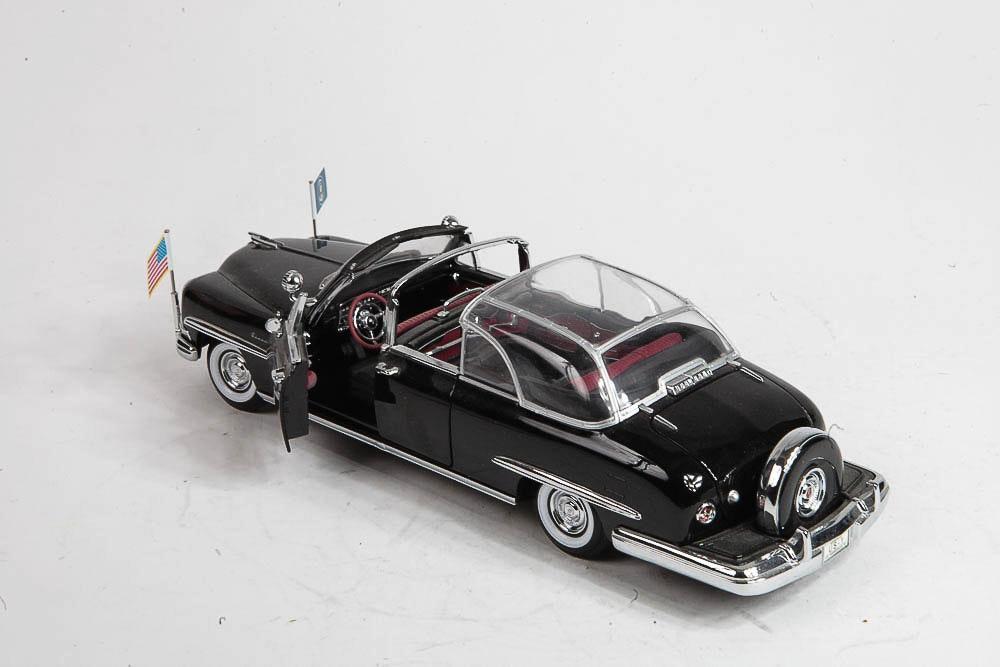 Presidential Auto Sales >> 1950 Lincoln Cosmopolitan Presidential Limousine Die-Cast Model Car : EBTH