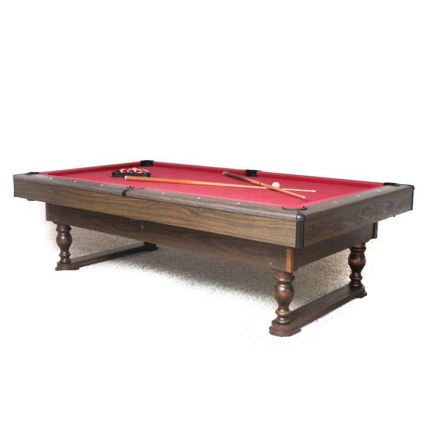 Cue Master Pool Table And Accessories EBTH - Cue master pool table