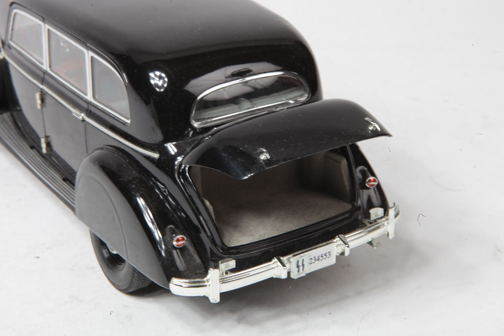 1938 Mercedes-Benz 770K Die-Cast Car