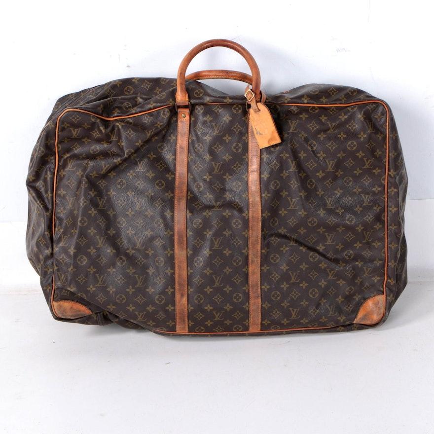 30674342eca5 Vintage Louis Vuitton Sirius 70 Monogram Suitcase