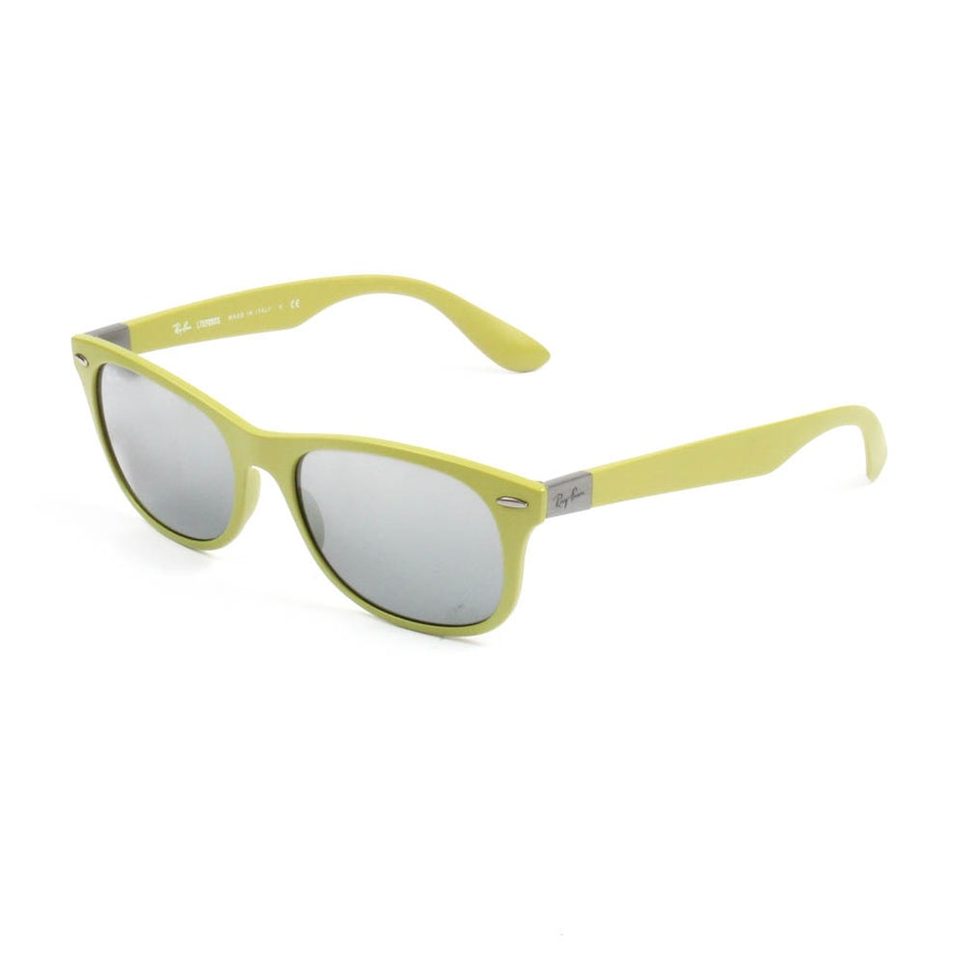 25959d89049 Ray-Ban Wayfarer Liteforce Sunglasses   EBTH