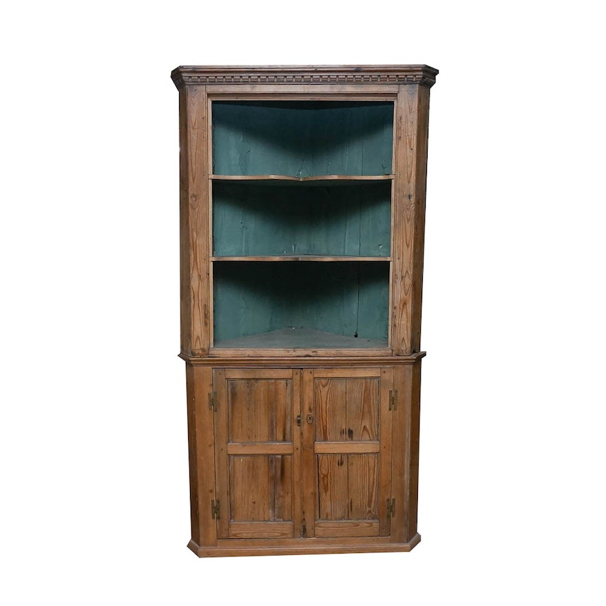 Antique Two-Piece Pine Corner Cupboard ... - Antique Two-Piece Pine Corner Cupboard : EBTH