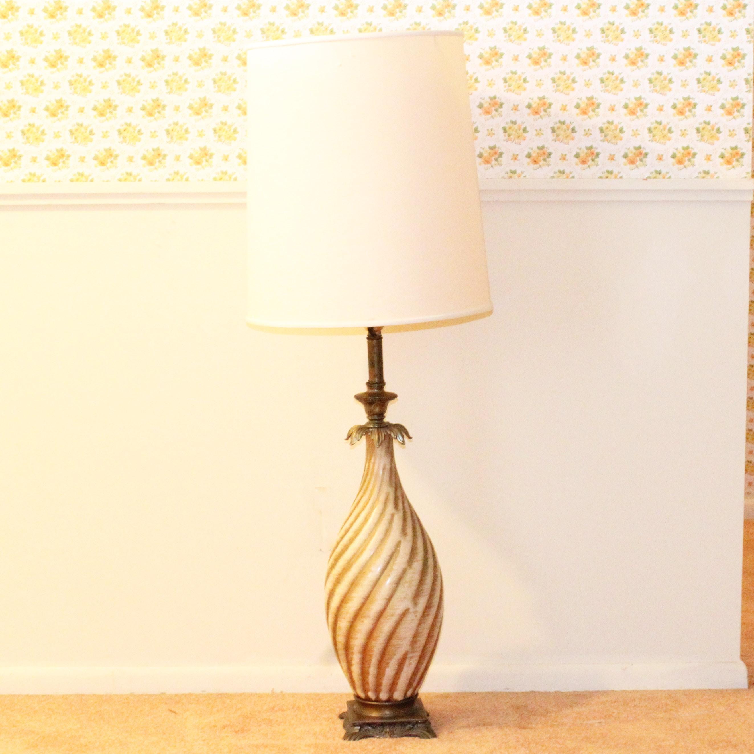 Vintage Ceramic Table Lamp ...