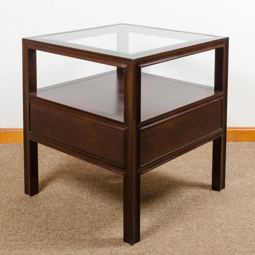 Bassett furniture glass top end table ebth for Transmutation table 85 items