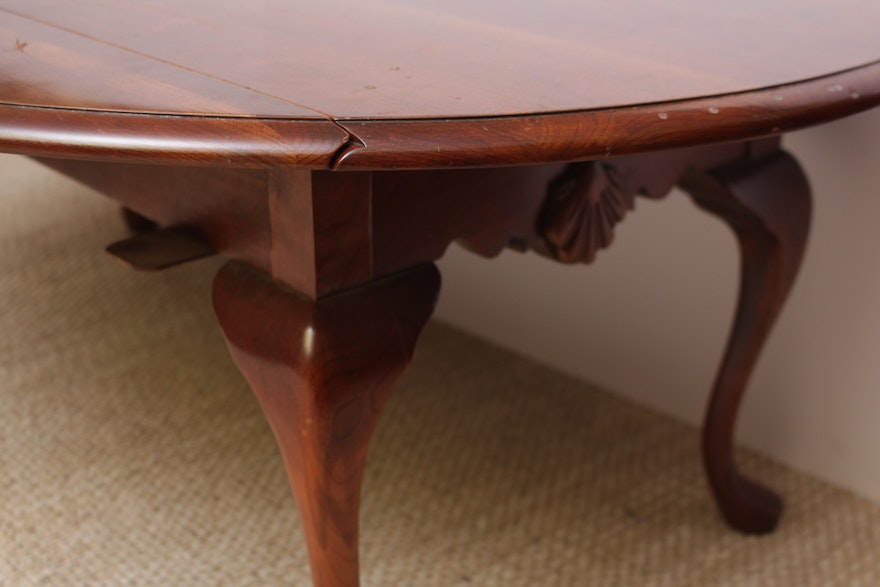 Vintage queen anne style cherry drop leaf coffee table ebth for 60s style coffee table