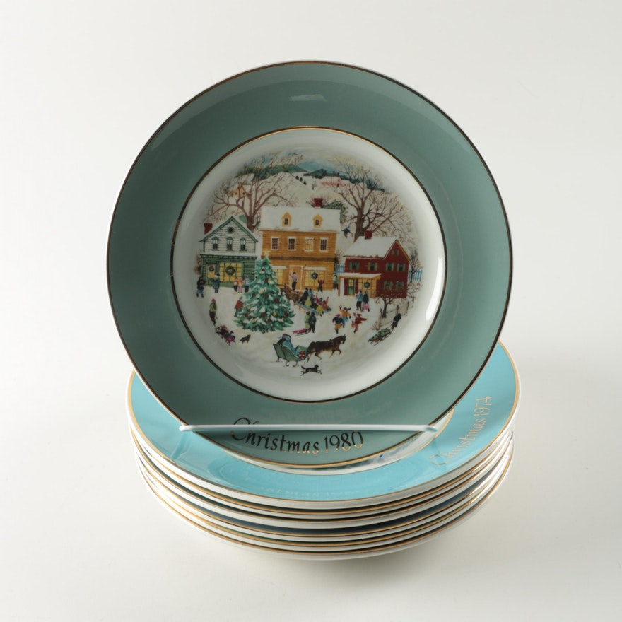 set of wedgwood christmas plates by avon