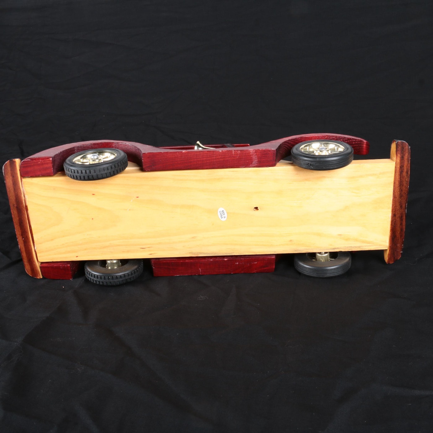 1920 1929 further Television Cabi s With Doors together with 59743132530151109 additionally Portable 7 inch tv LCD as well 7364083 Wooden Car Models And Rolls Royce Theme Radio. on battery operated radio and television
