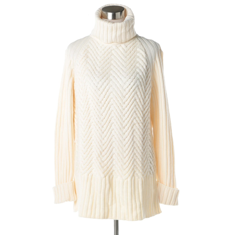 Escada Herringbone Knit Turtleneck Sweater : EBTH