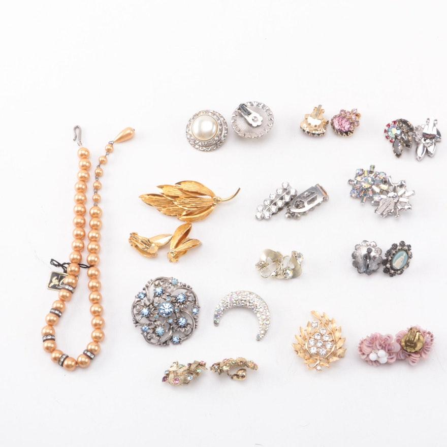 1df45acd73e Assortment of Costume Jewelry Including Lisner Brooch : EBTH