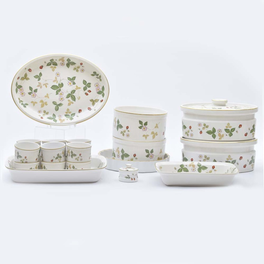 Wedgwood Wild Strawberry Oven To Table Bakeware
