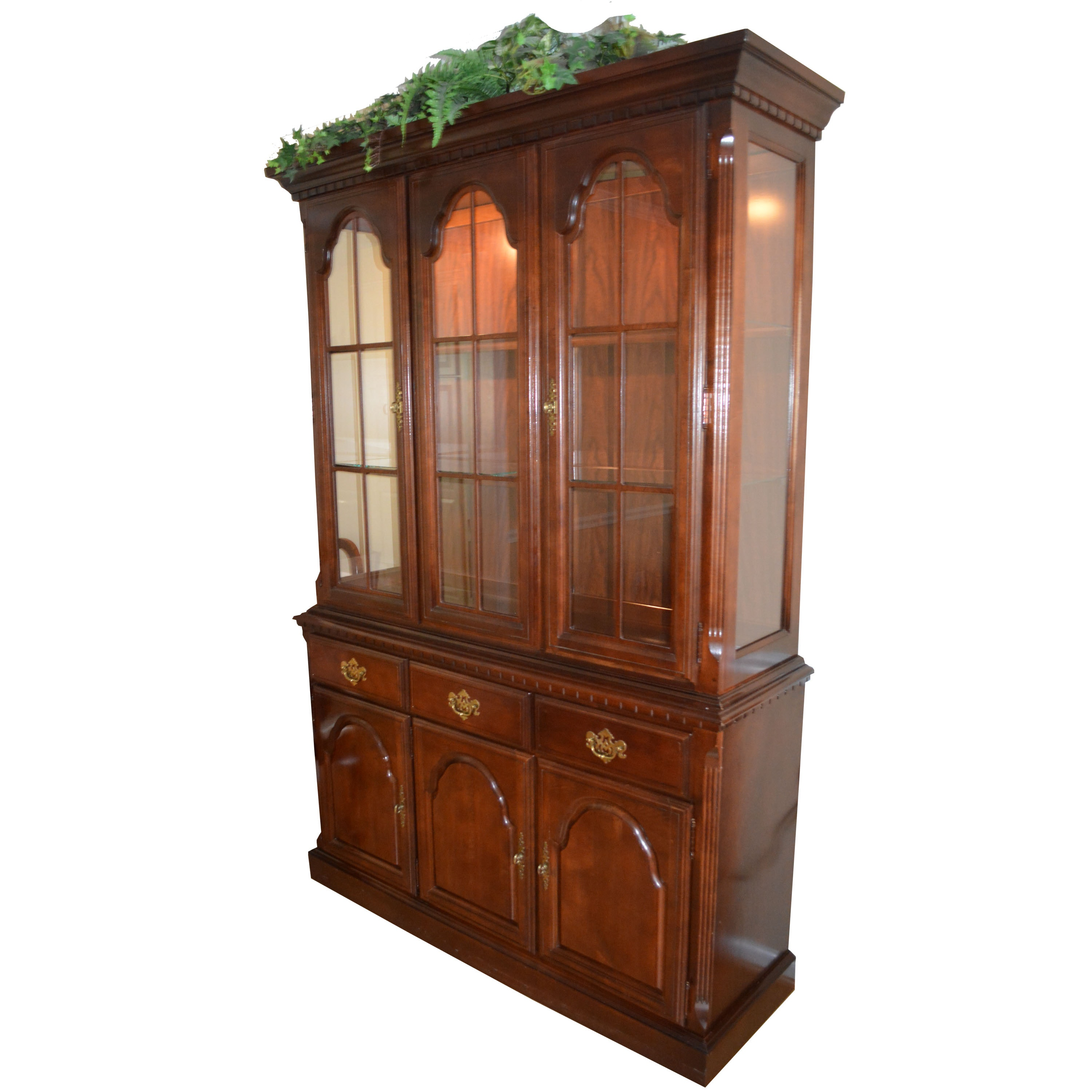 Broyhill China Cabinet Cherry Cabinets Matttroy