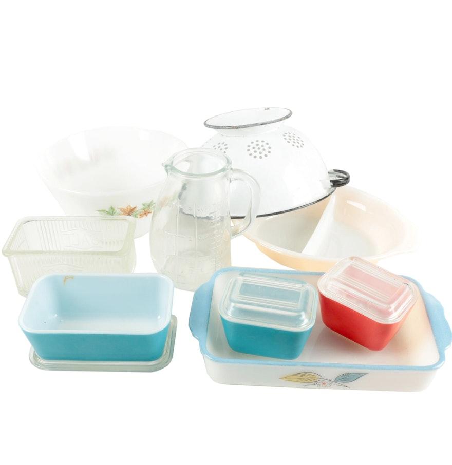 Vintage kitchenware - Selection Of Vintage Kitchenware Including Pyrex