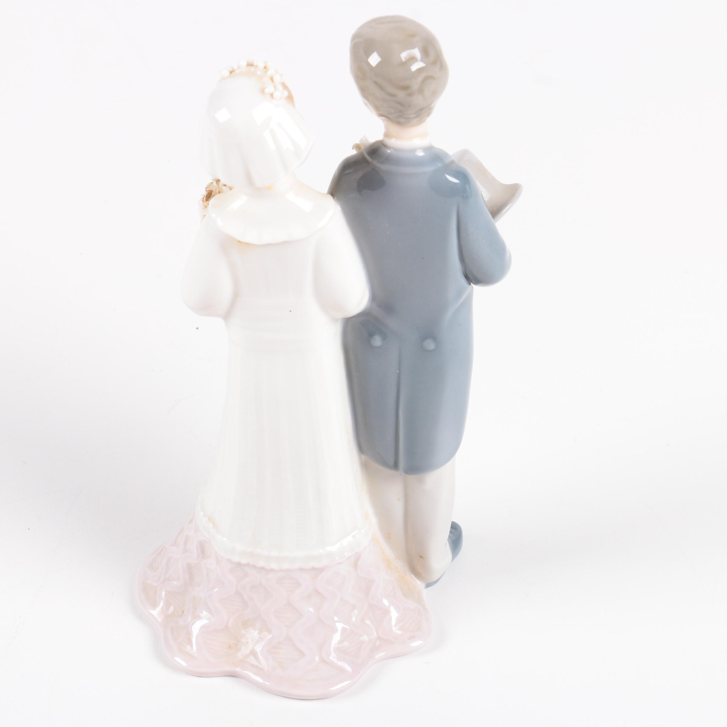 Vintage Lladr 243 Bride And Groom Porcelain Figurine Ebth