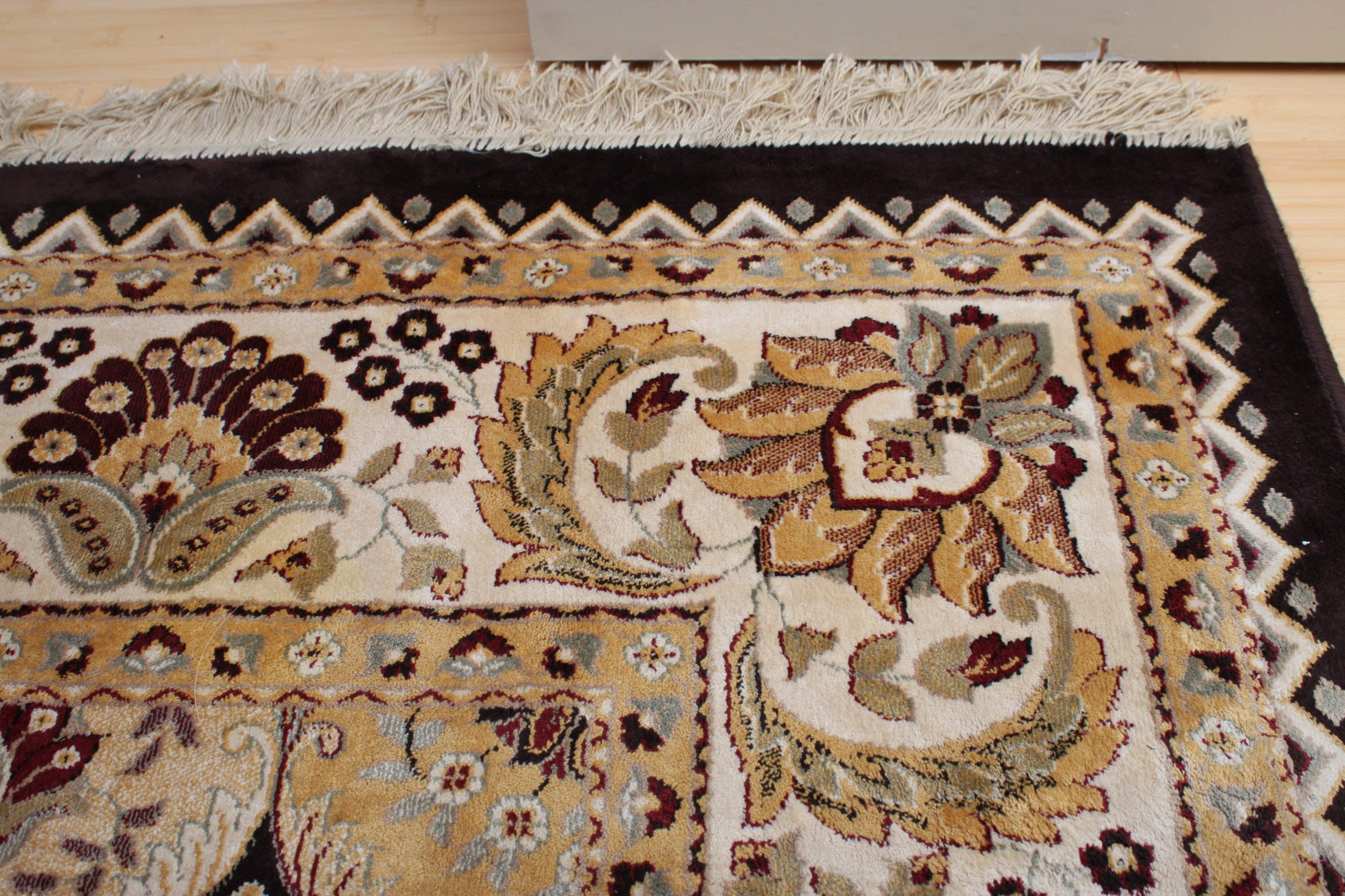 Power-Loomed Belgian Persian Style Area Rug