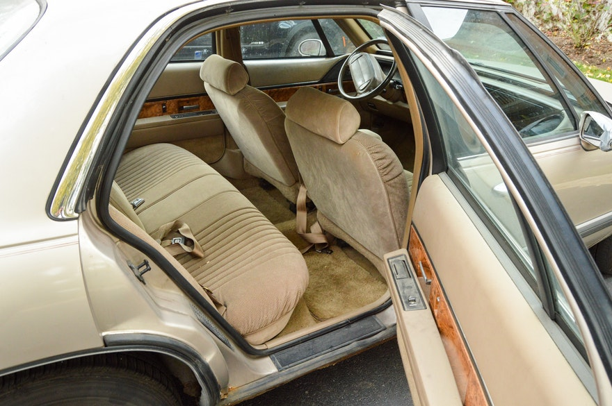 Picture Of Buick Car Seat Adjustment