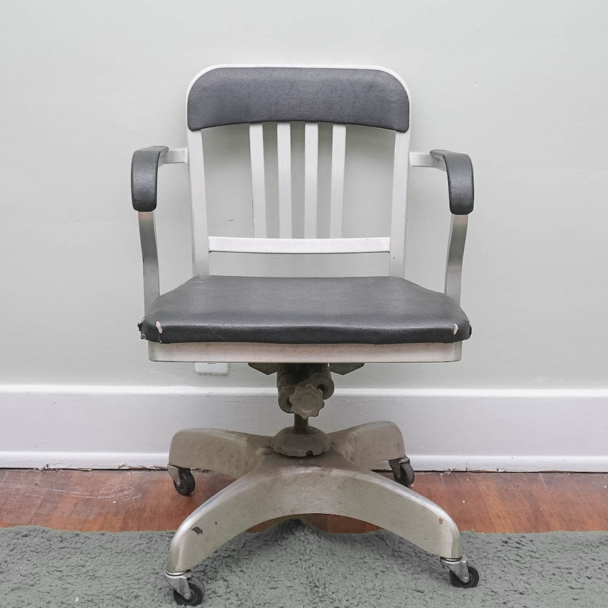 vintage 1940s aluminum rolling office chair by emeco ebth