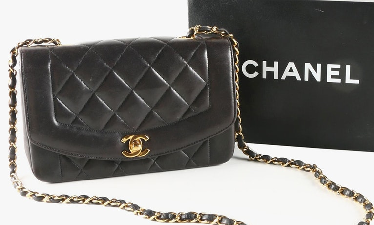 Tips of the Trade: Habitually Chic's 10 Classic Pieces To Invest In