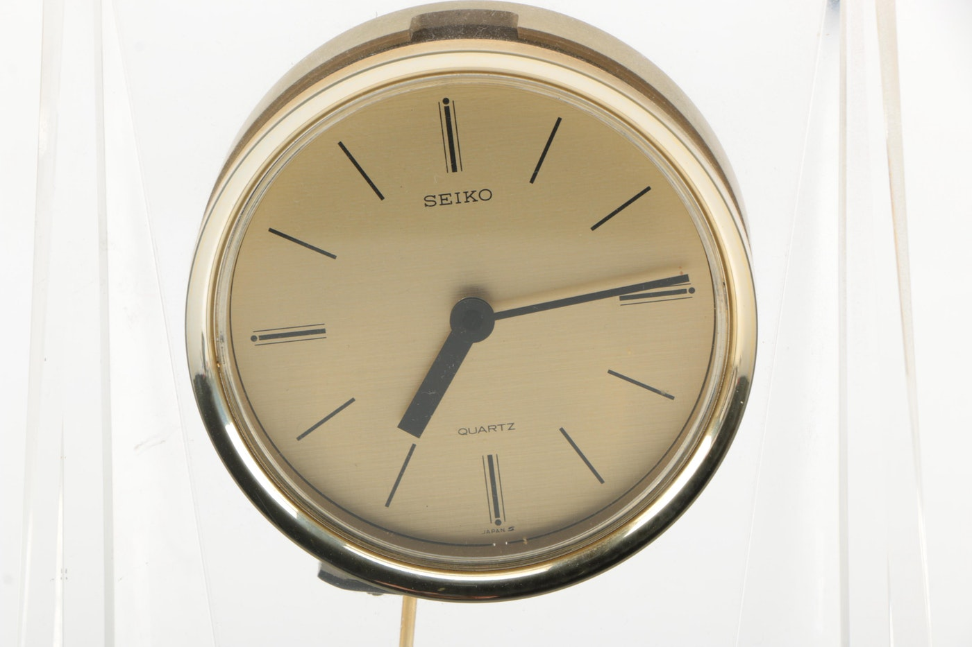 Seiko Modernist Acrylic Desk Clock Ebth