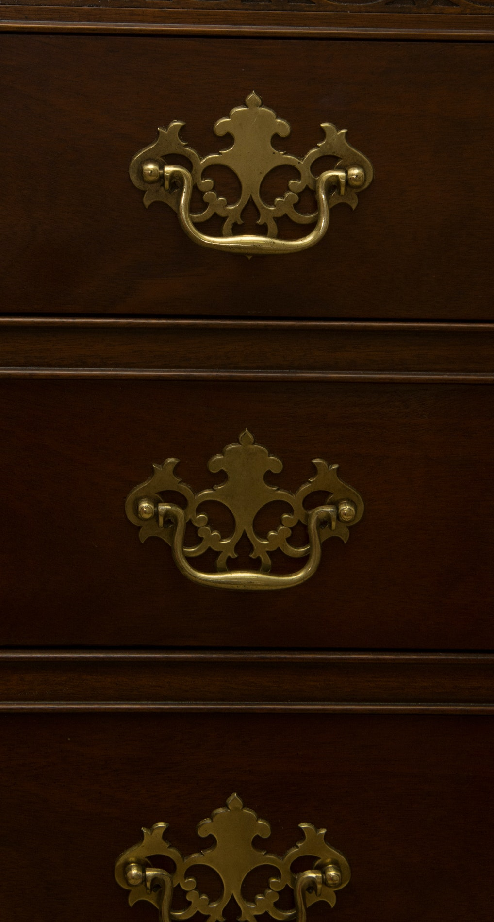 Chippendale Style Chest Of Drawers By Baker Furniture Ebth