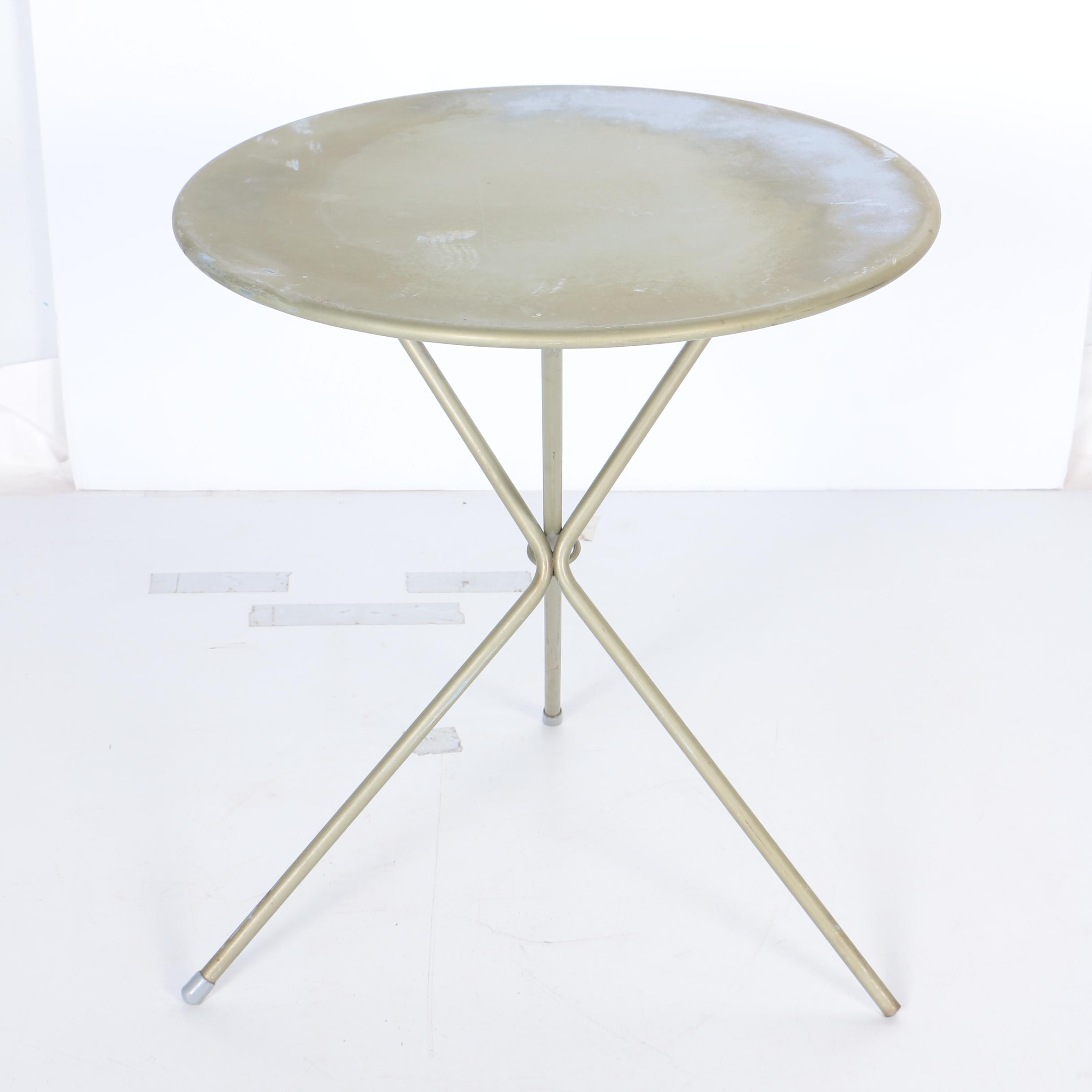 Collapsible Round Table ...