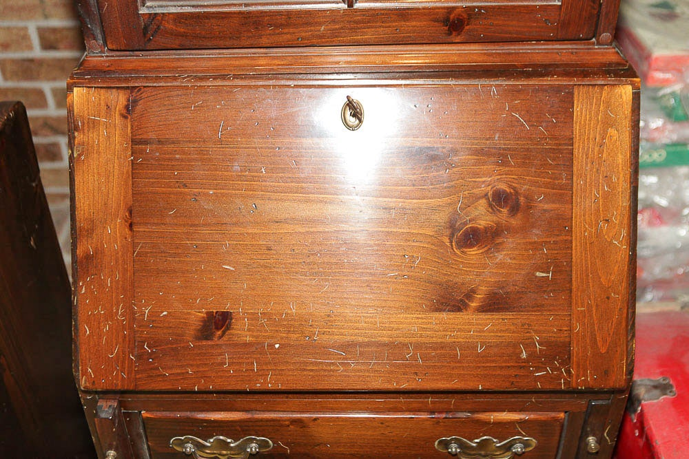 Pine Chippendale Style Secretary Bookcase By Ethan Allen
