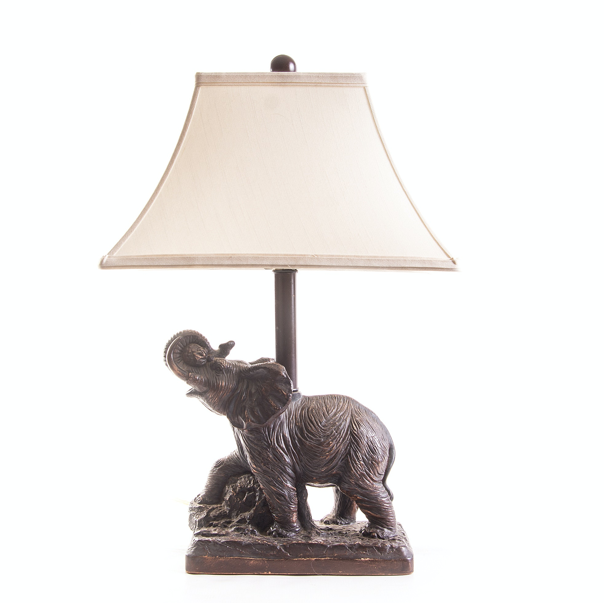 Gentil Elephant Table Lamp ...