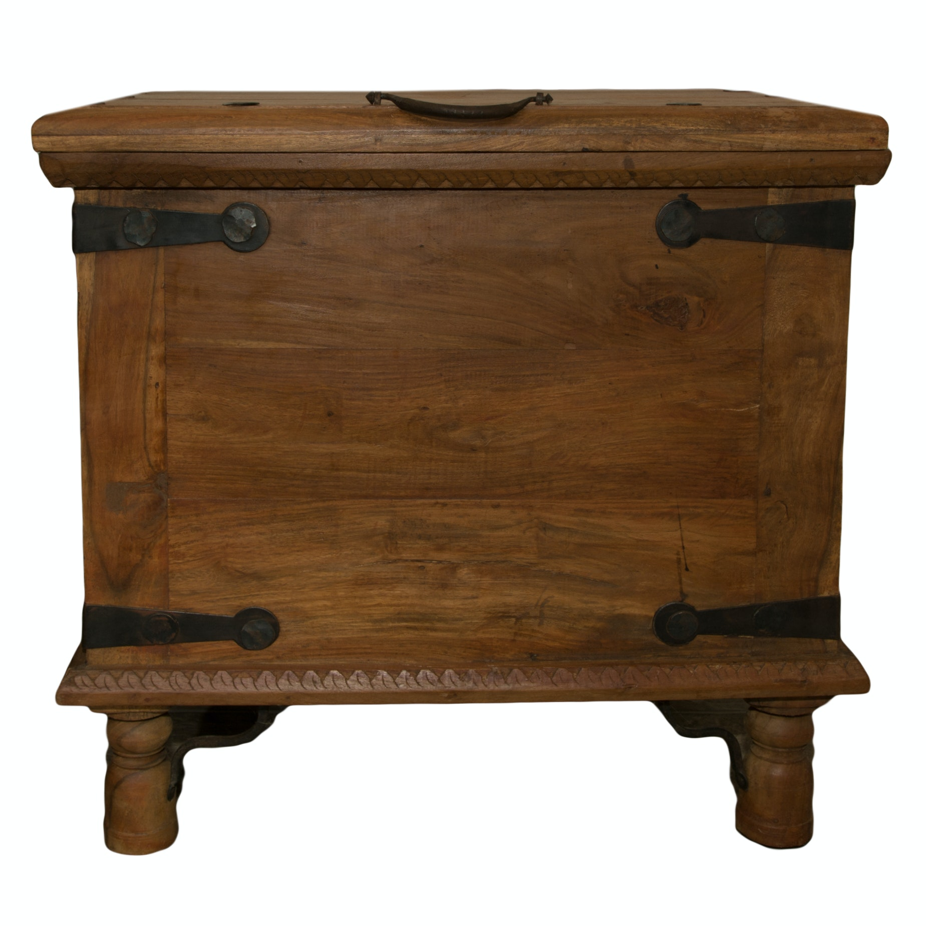 Farmhouse Style Chest