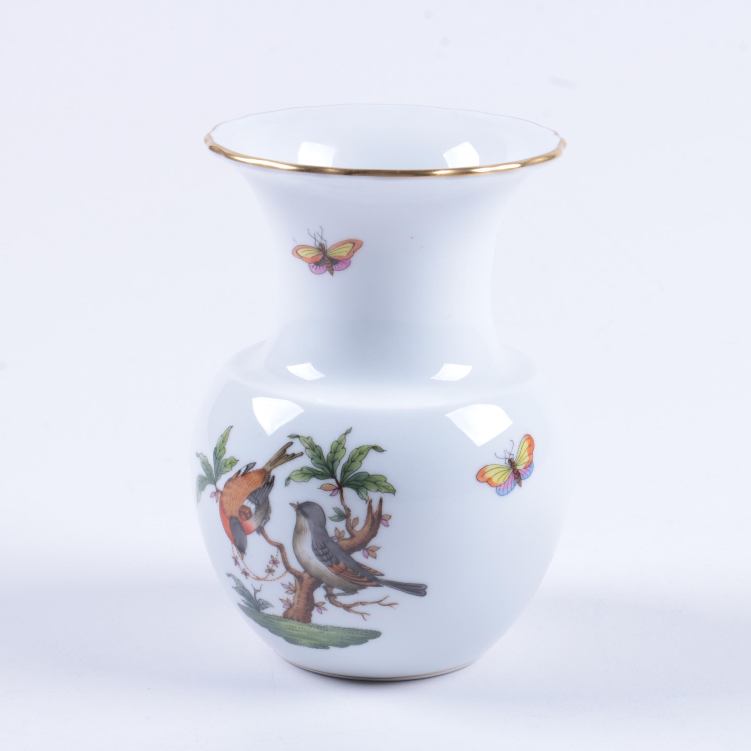 """Herend Hungary """"Rothschild Bird"""" Vase"""