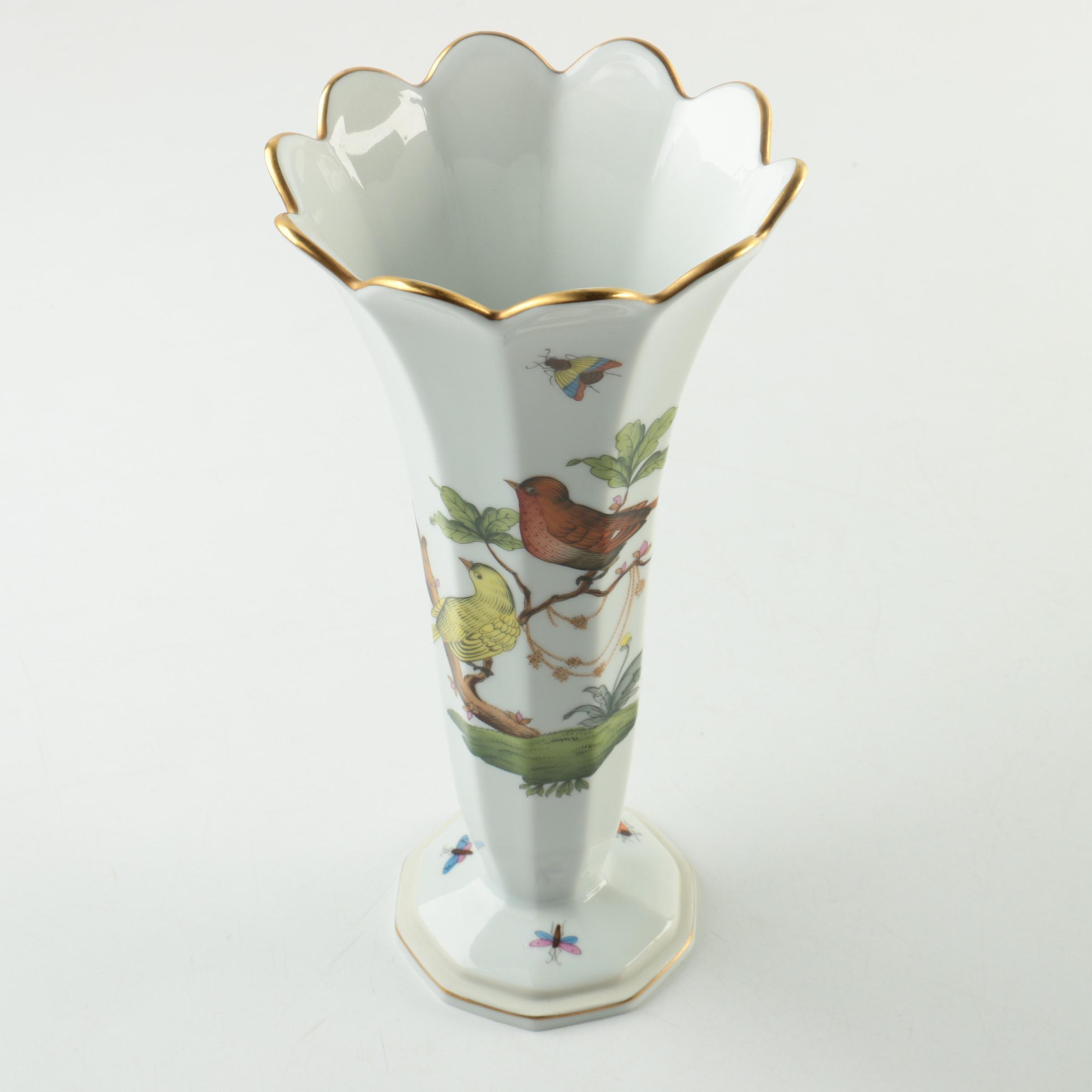 "Herend Hand-Painted ""Rothschild Bird"" Porcelain Vase"