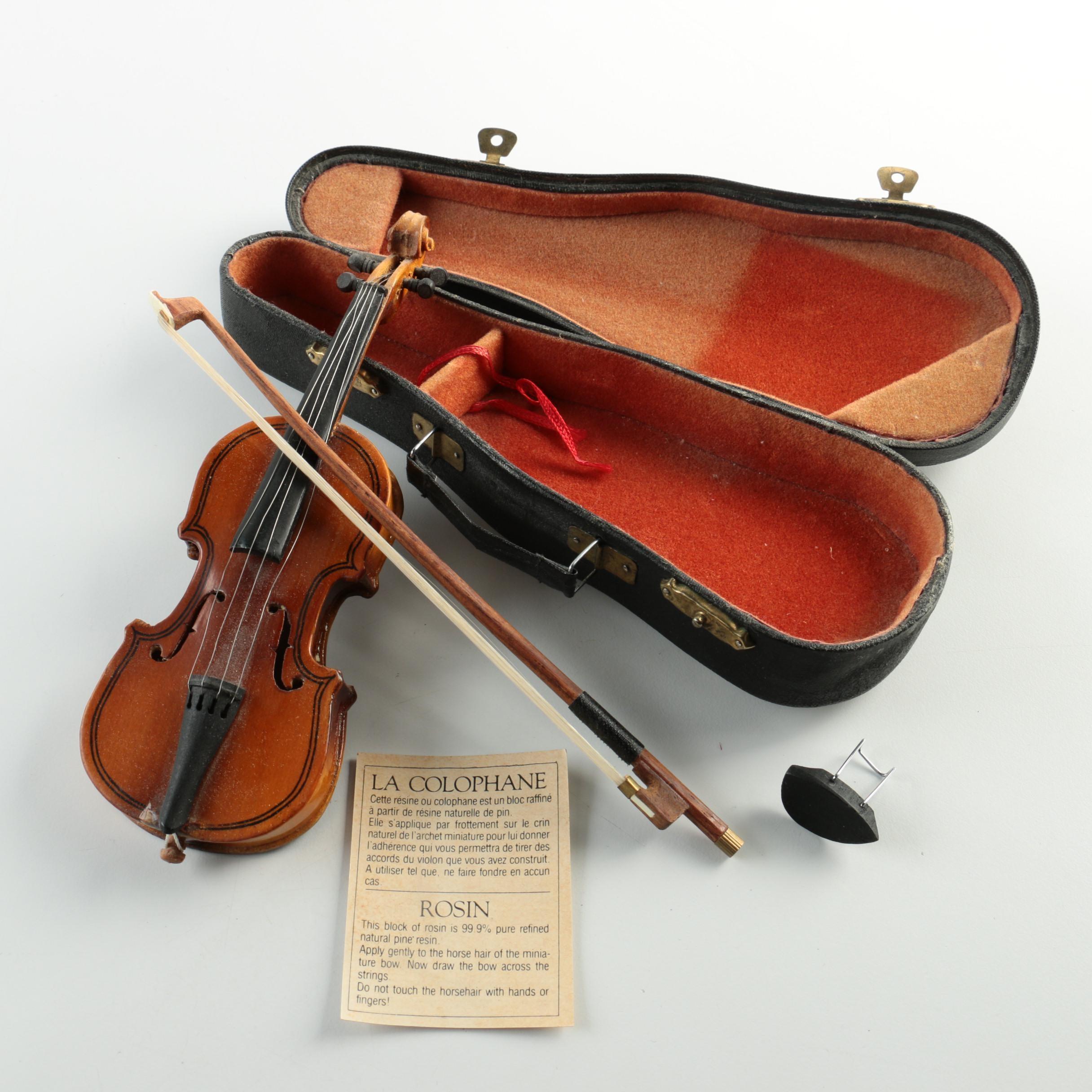 Authentic Models Holland Miniature Violin