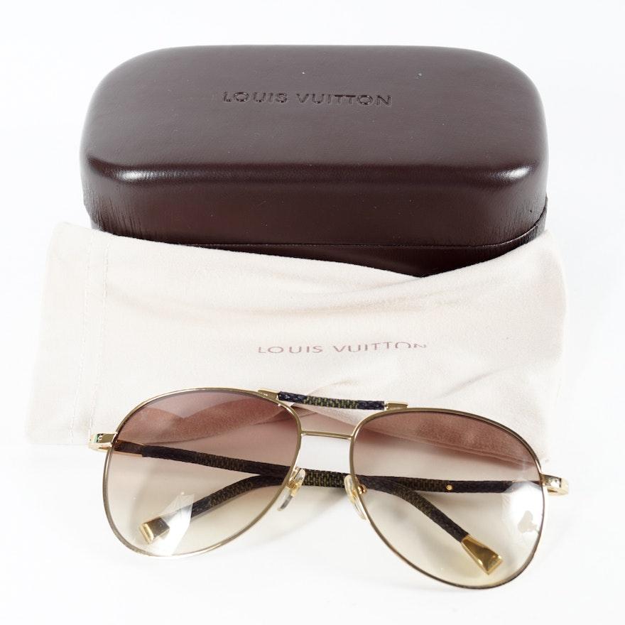 c0c01bef40cc Men s Louis Vuitton Conspiration Pilote Canvas Sunglasses with Case   EBTH