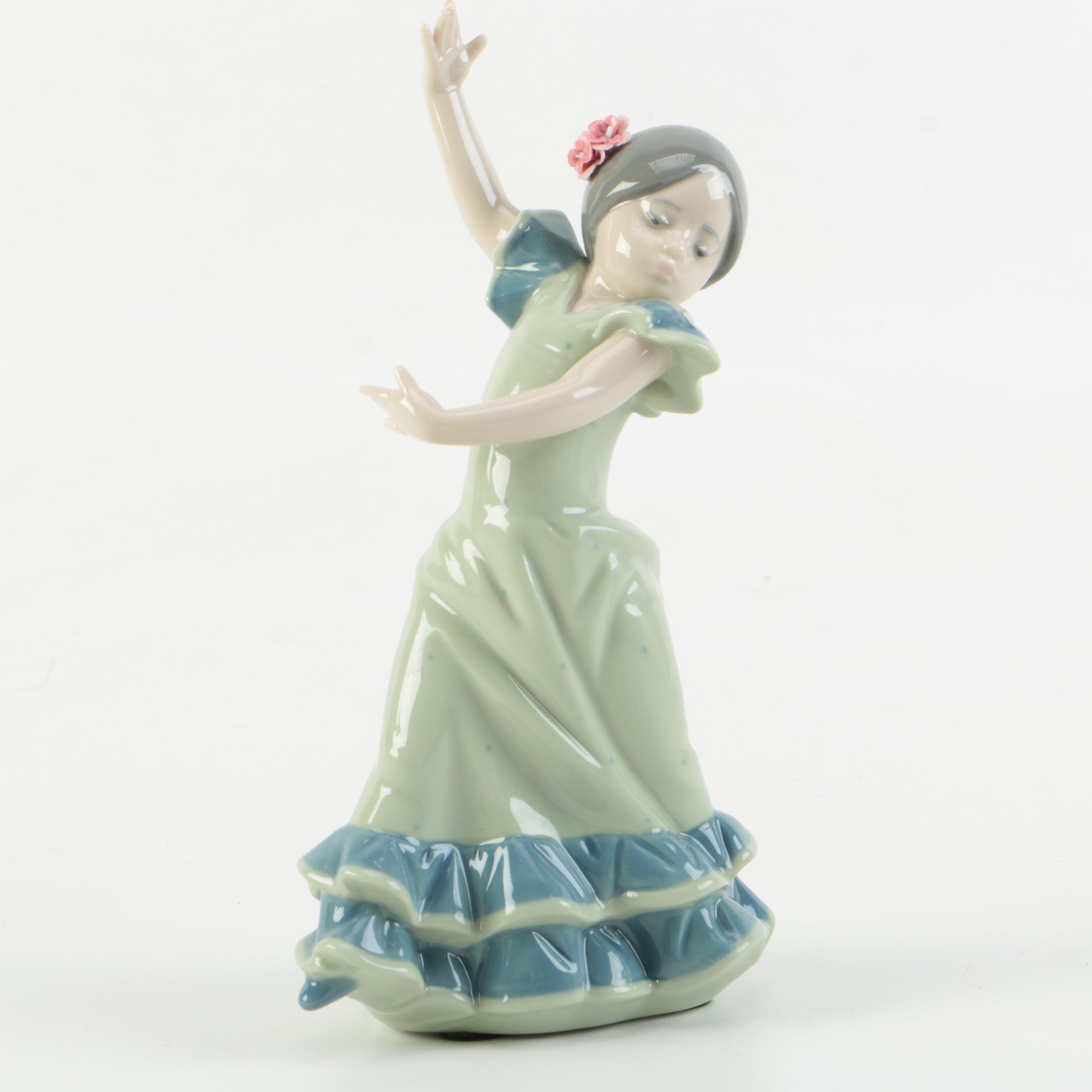 """Lladró """"Lolita"""" Figurine"""
