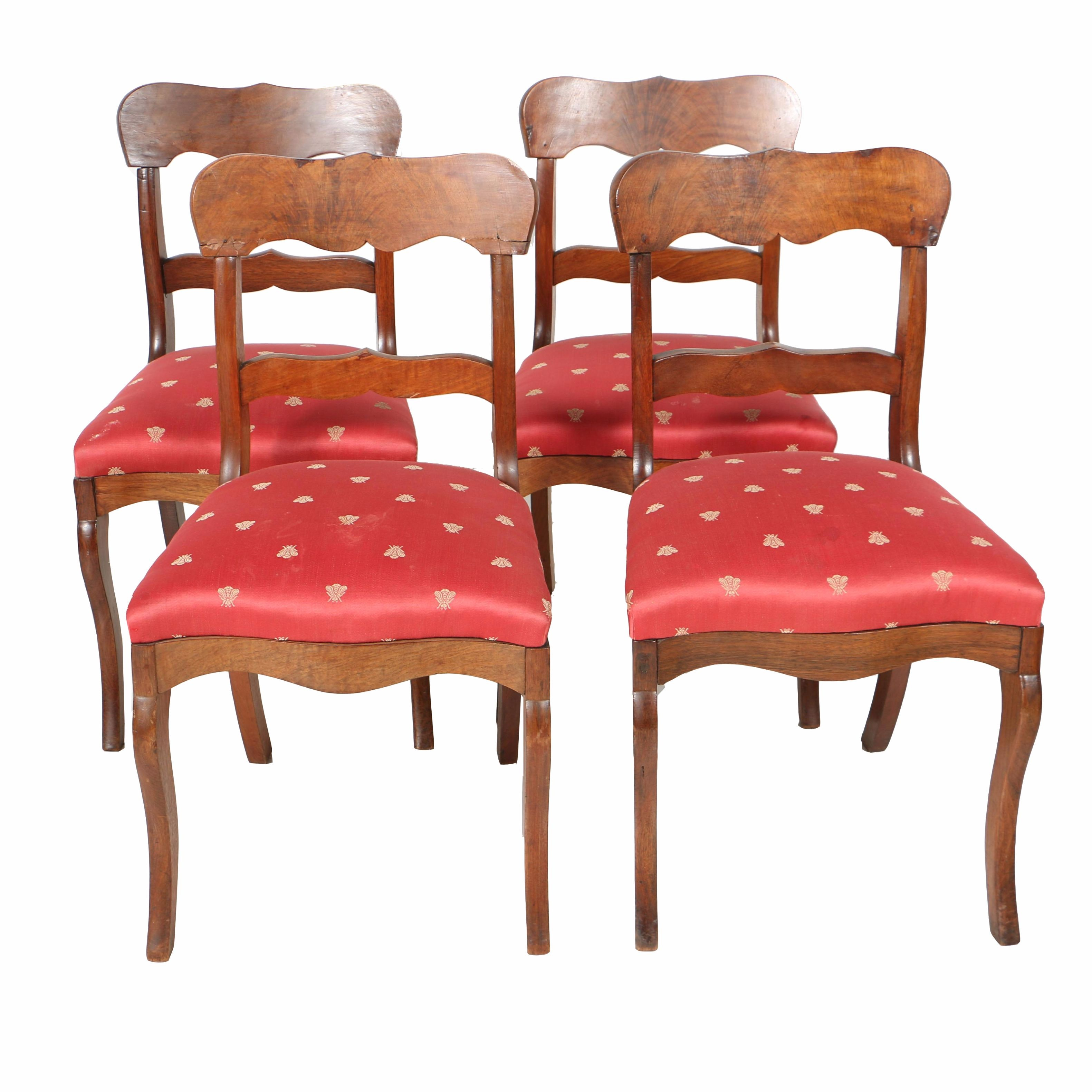 Antique American Classical Walnut Side Chairs, Circa 1815-1840