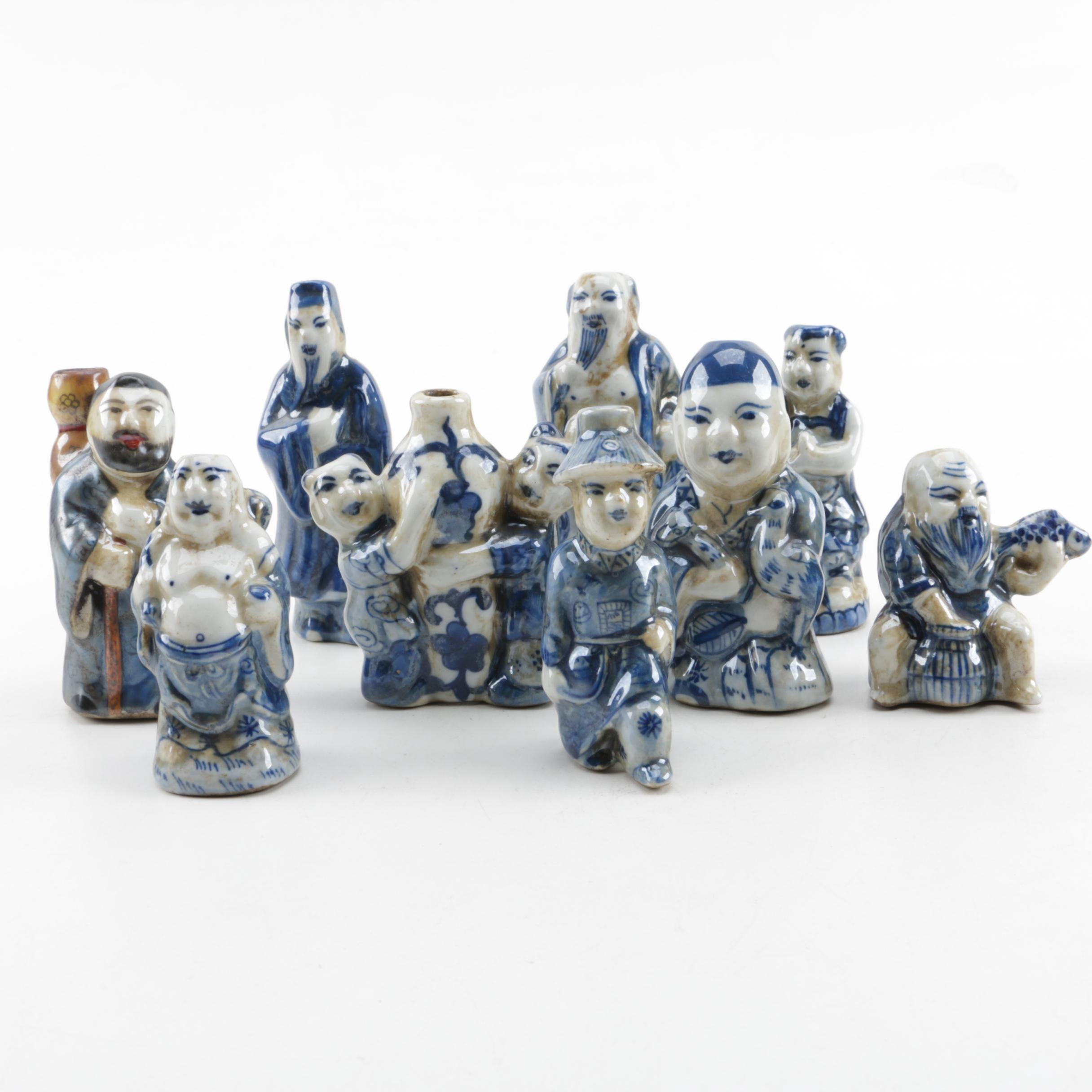 Chinese Figurative Porcelain Snuff Bottles