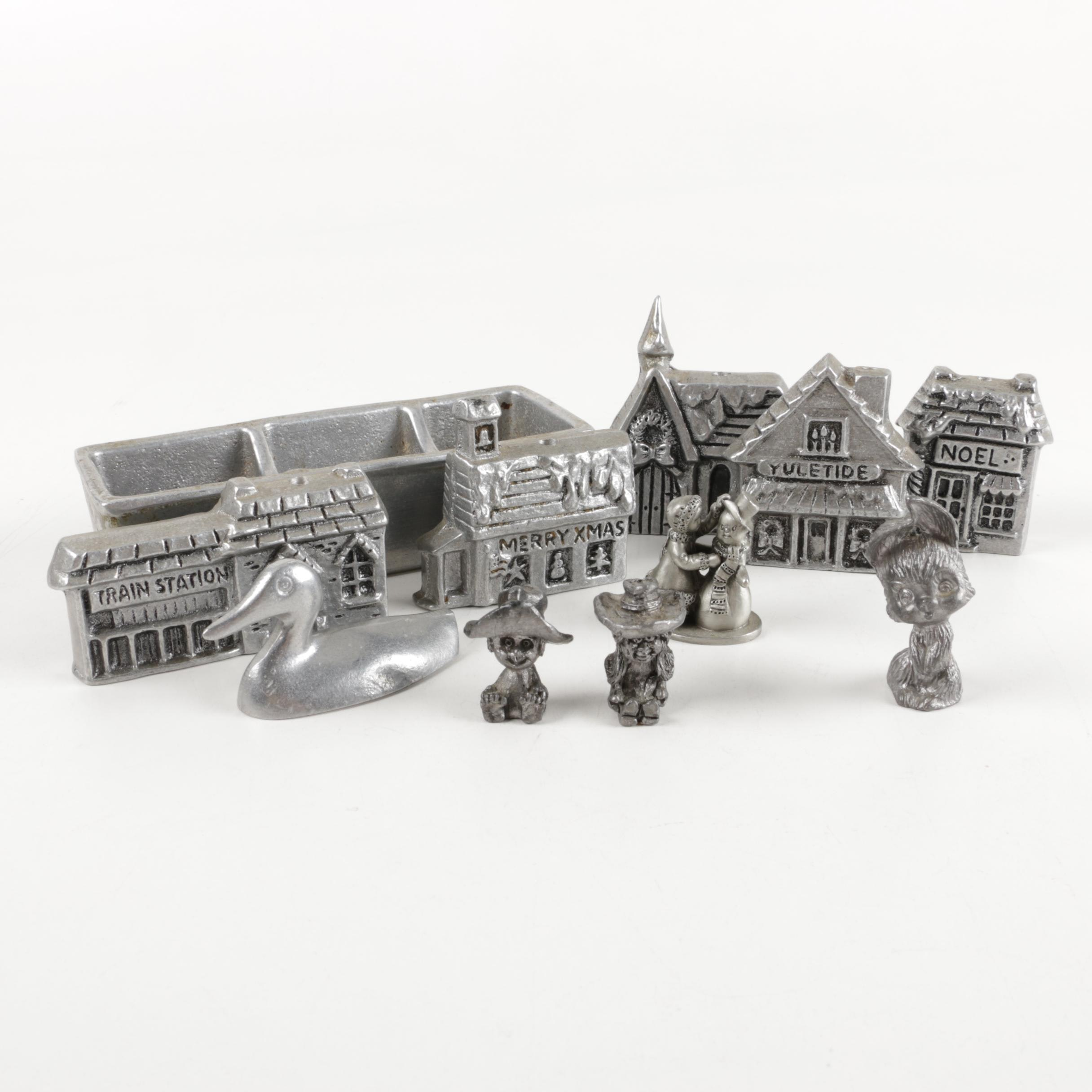 Pewter Figurines and Wilton Armetable Place Card Holder