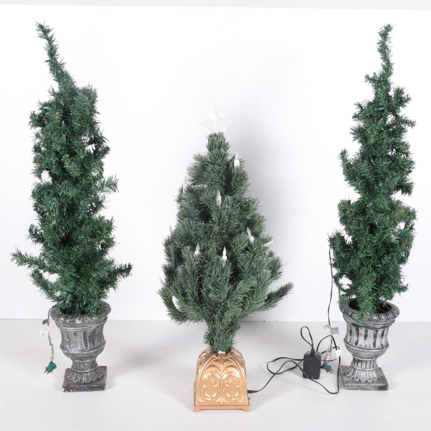 Pre-Lit and Fiber-Optic Miniature Christmas Trees | EBTH