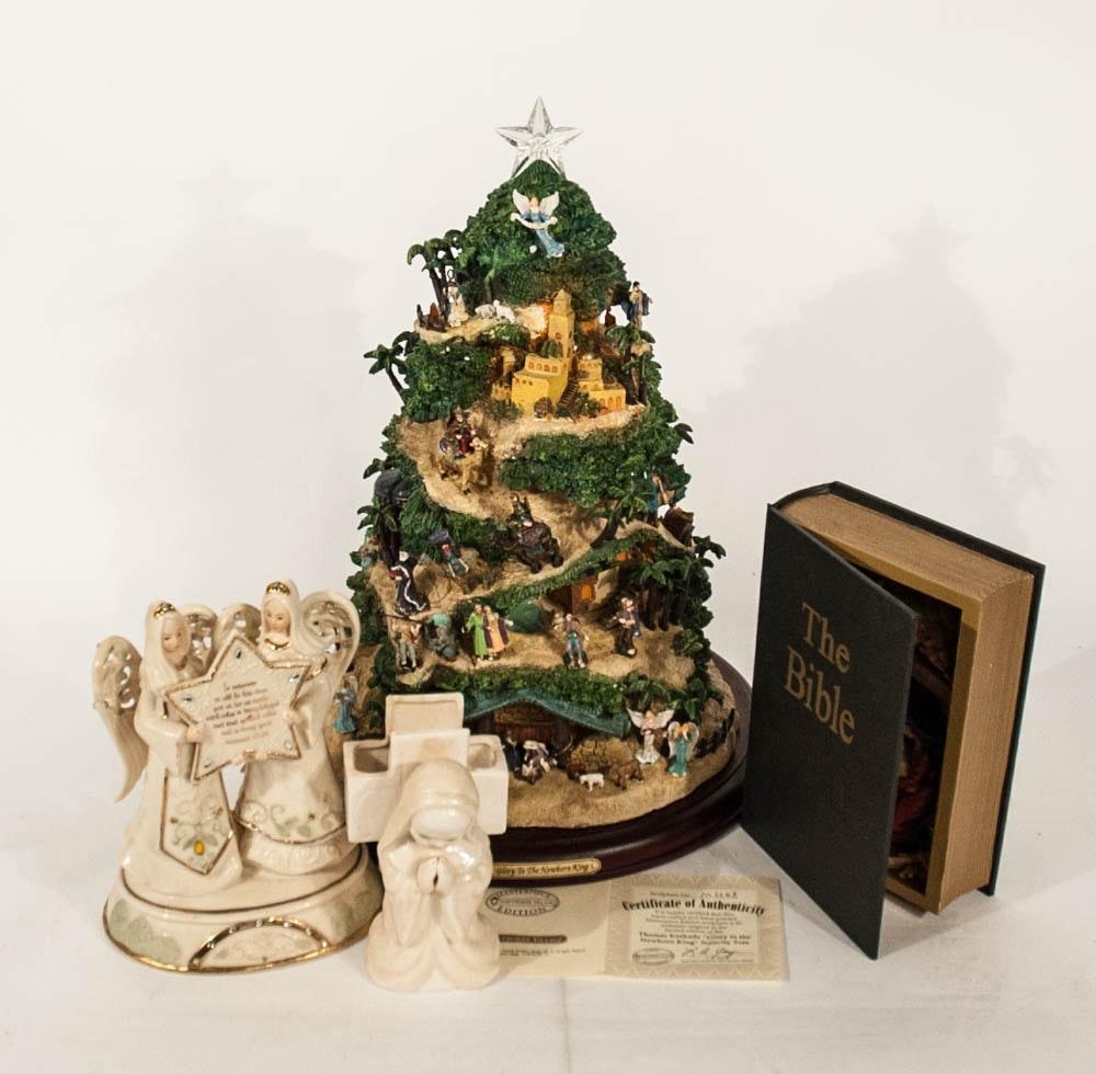 """Thomas Kinkade  """"Glory to the Newborn King"""" Christmas Tree"""