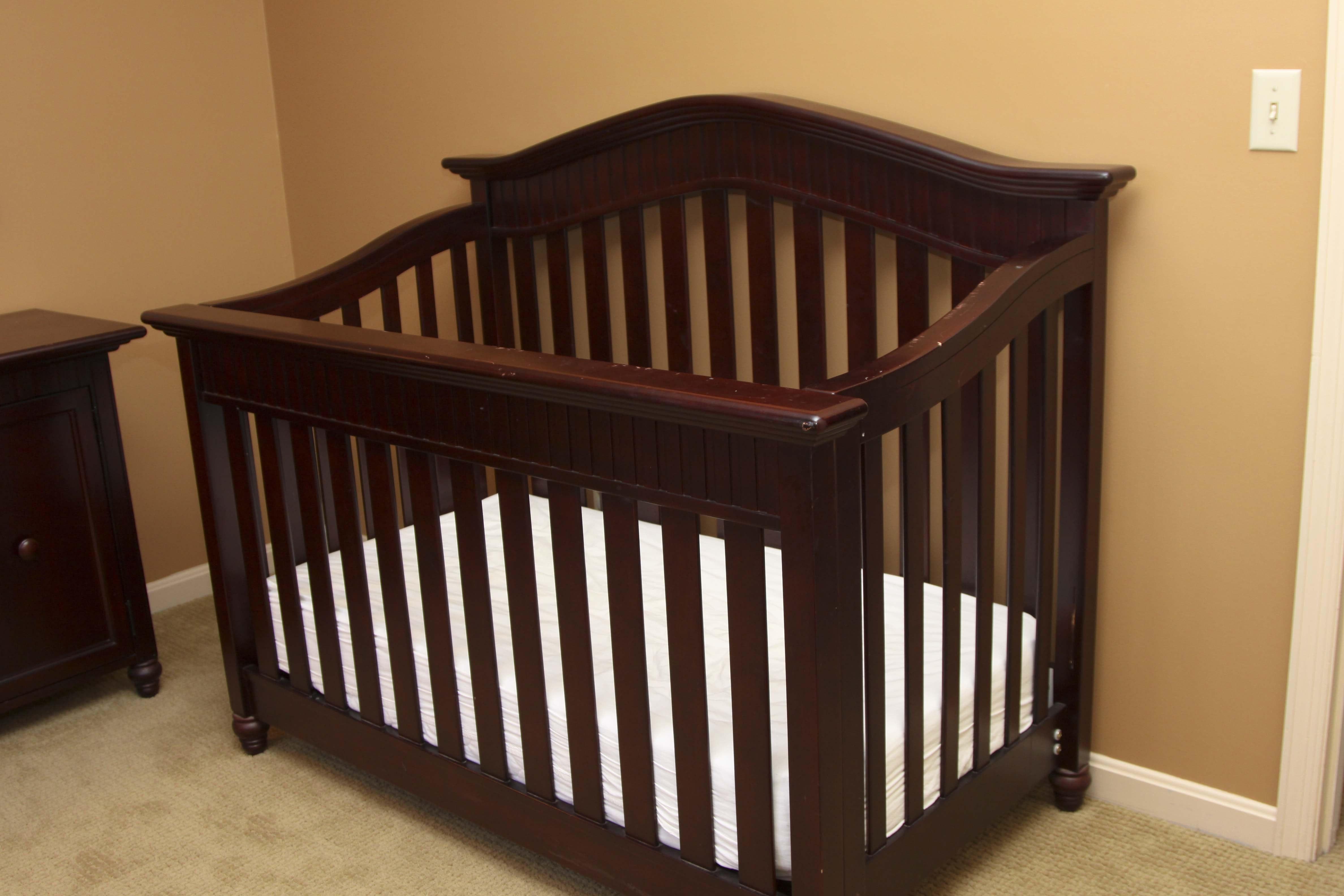 Babi Italia Lifestyle Baby Crib