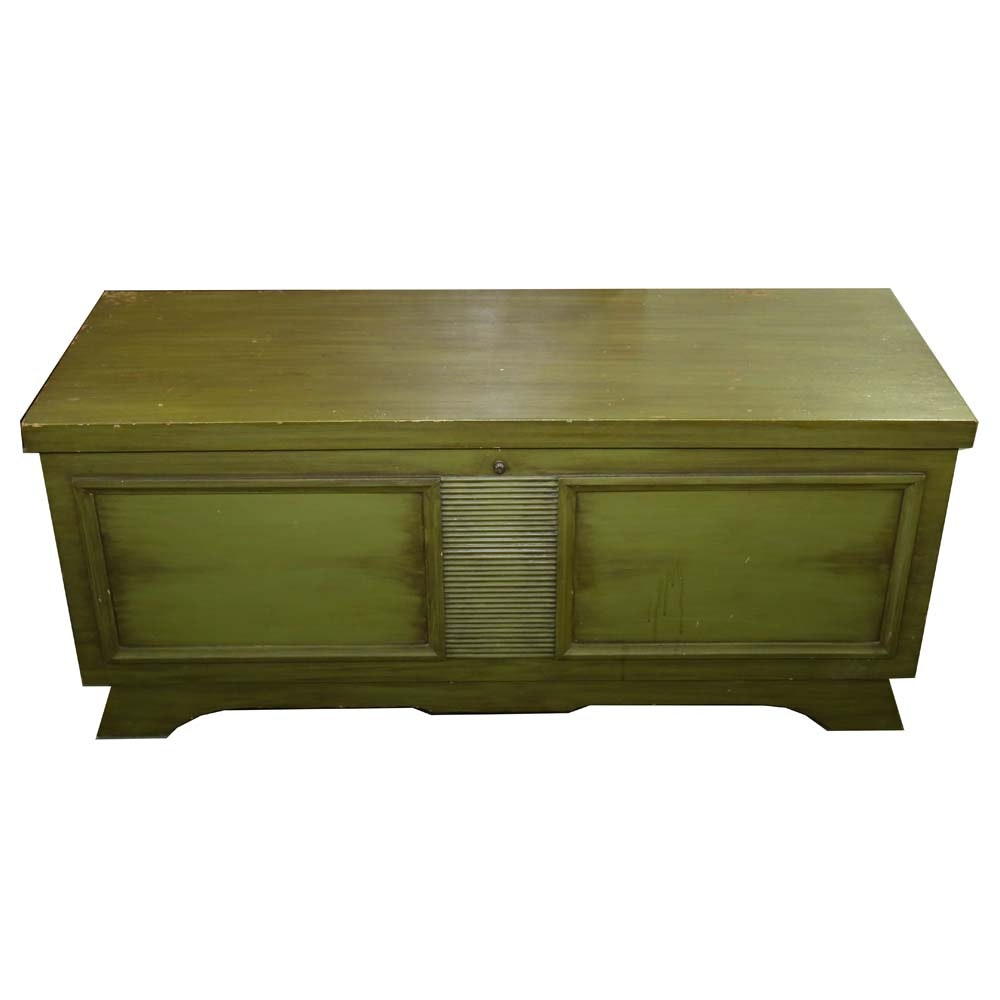 "Vintage ""Aromatite"" Cedar Chest by Lane Furniture"