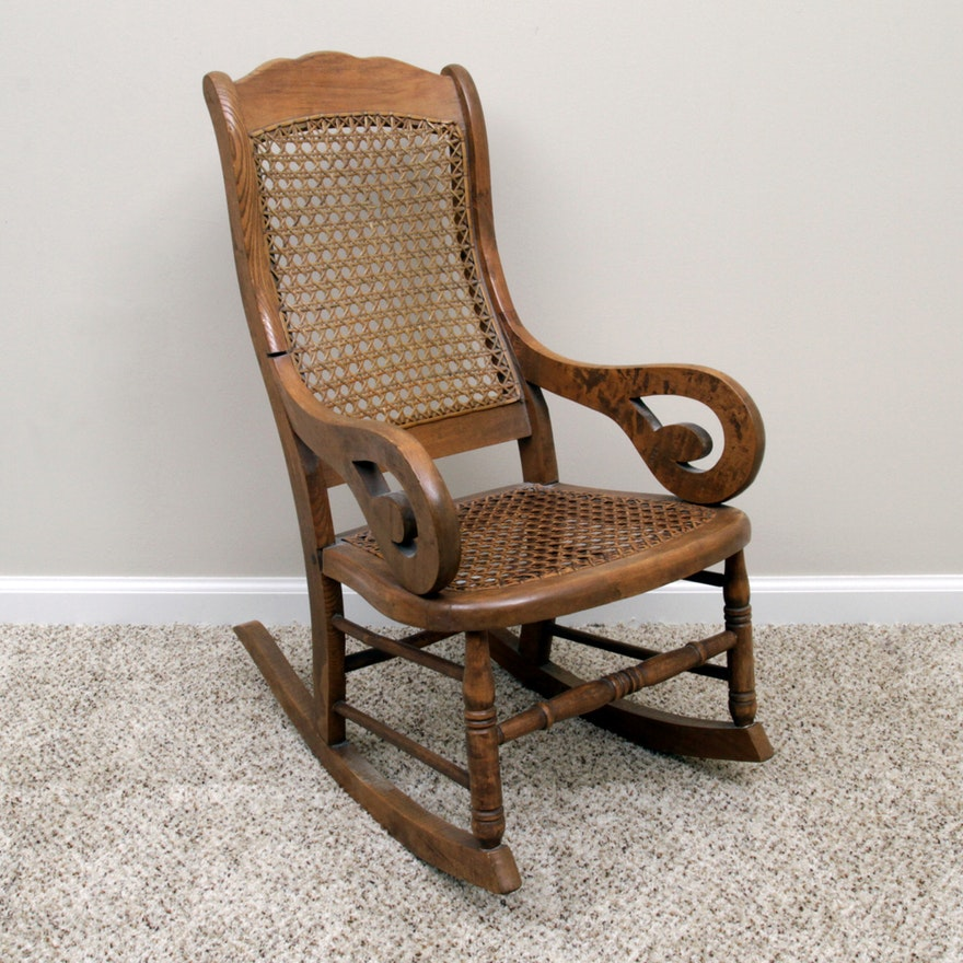 Pleasant Antique Child Size Rocking Chair Lamtechconsult Wood Chair Design Ideas Lamtechconsultcom