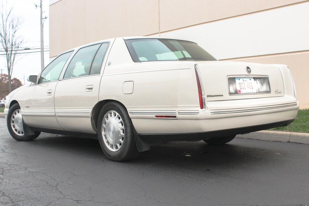 1997 Cadillac DeVille Full Size Sedan | EBTH