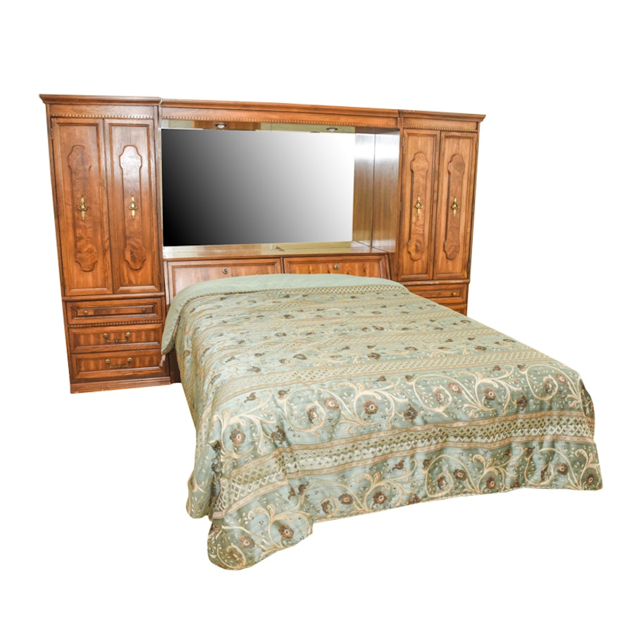 Mediterranean Style Queen-Size Bed With Mirrored Wall Unit : EBTH