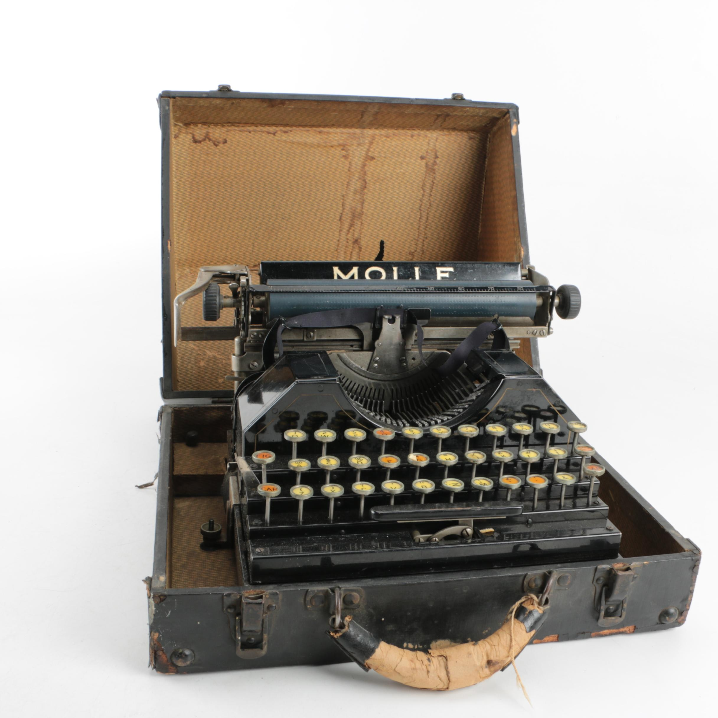 Molle No 3 Typewriter with Carry Case