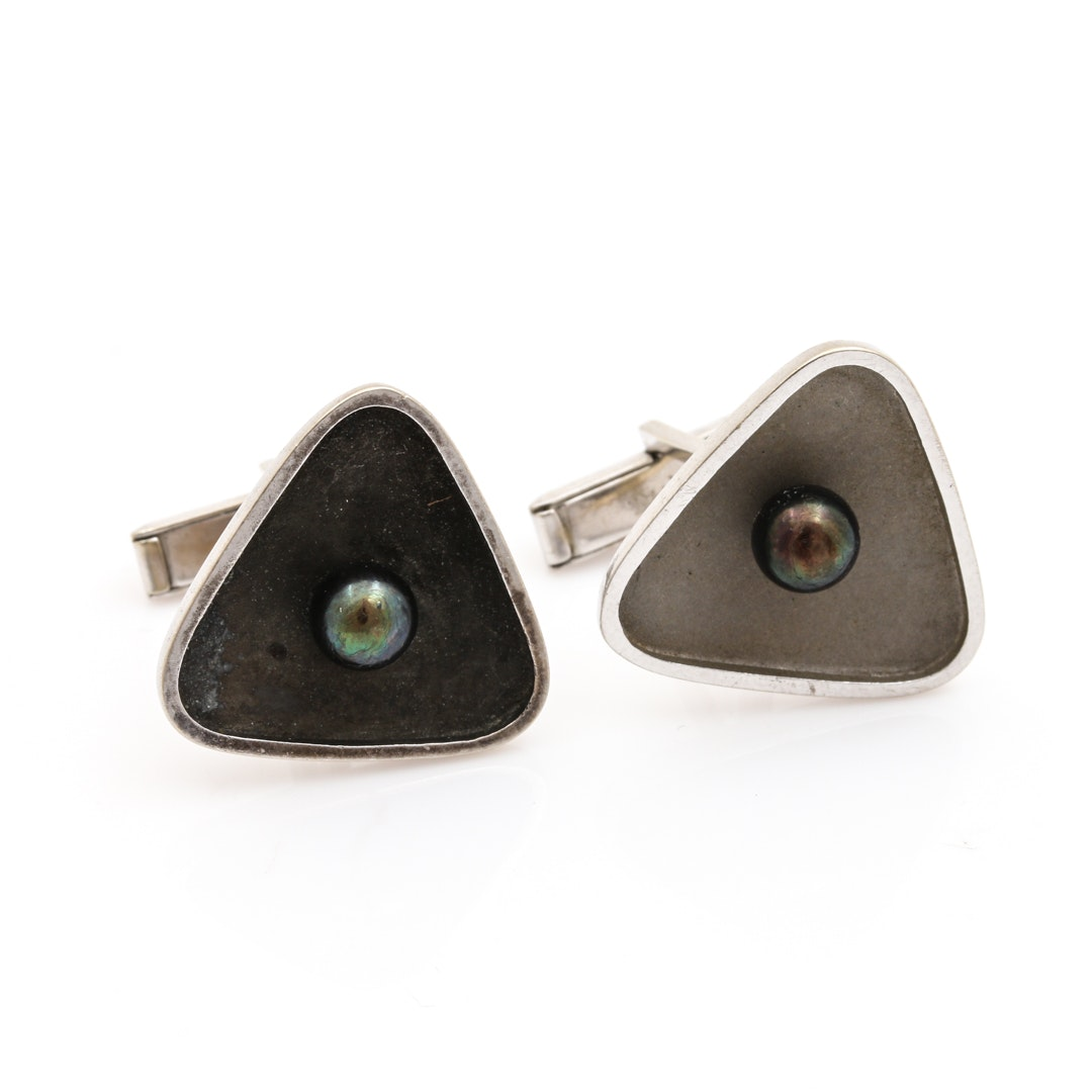 14K White Gold Black Pearl Cuff Links